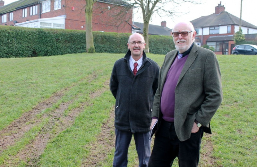 David Cooper and Cllr Trevor Johnson at St Edmunds Avenue, Wolstanton.